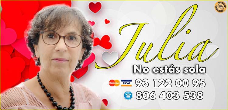 tarotista Julia - experta en el tarot del amor