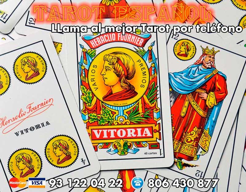 tirada de cartas de tarot con baraja española